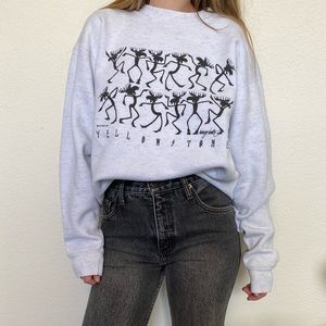 Vintage Yellowstone Moose Graphic Sweatshirt